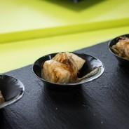 Tacos de bonito de la rula con cebolla caramelizada